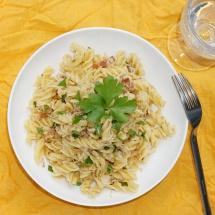 Pasta mit Sauerkraut-Speck-Rahmsoße