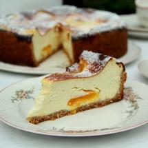 Aprikosen- Käse- Kuchen