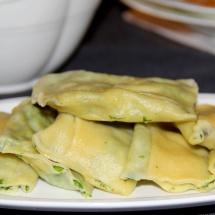 Spinat-Ricotta-Maultaschen mit Kürbis-Honig-Soße