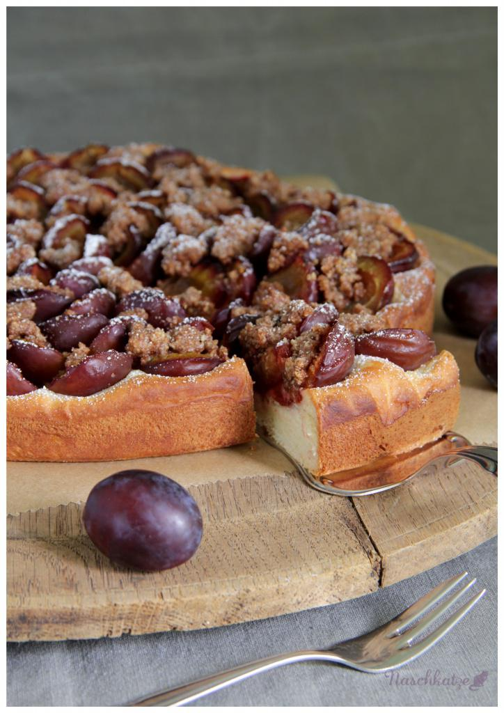 Zwetschgenkuchen nach Omas Rezept mit Mandelzimtstreuseln3
