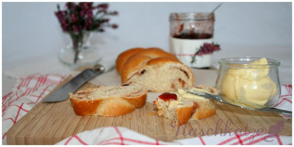 Hefezopf mit Marmelade