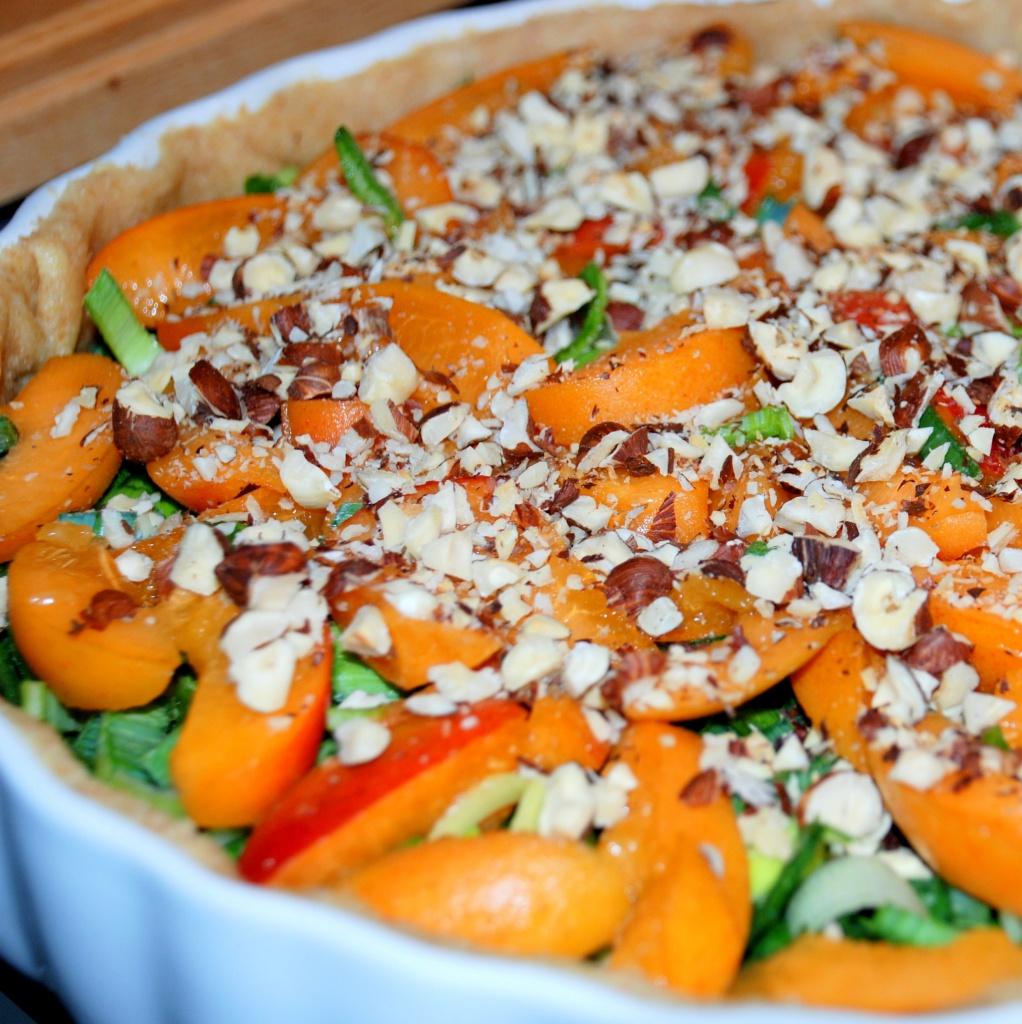 Quiche mit Lauch, Blauschimmelkäse und Aprikosen