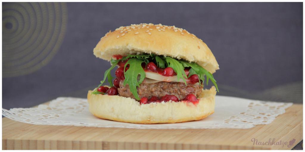 Burger mit Provolone und Preiselbeeren4