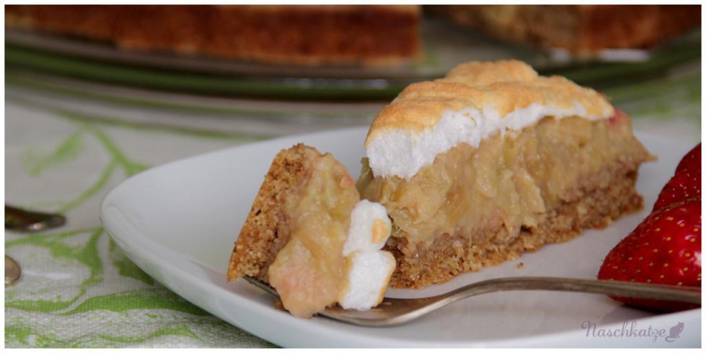 Rhabarber-Kompott-Kuchen mit Baiser2