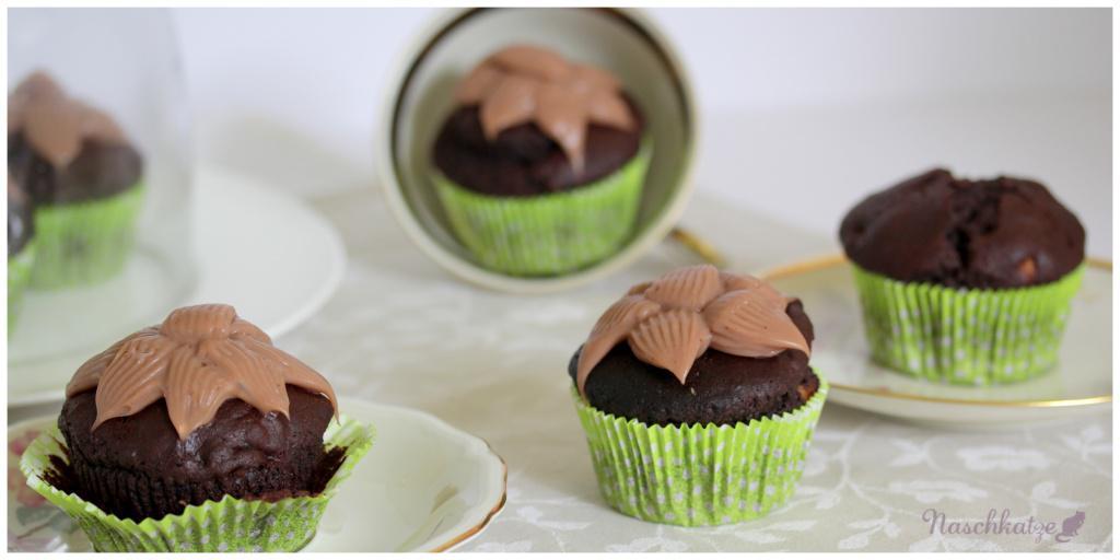 Schoko-Marzipan-Cupcakes mit Amaretto-Creme