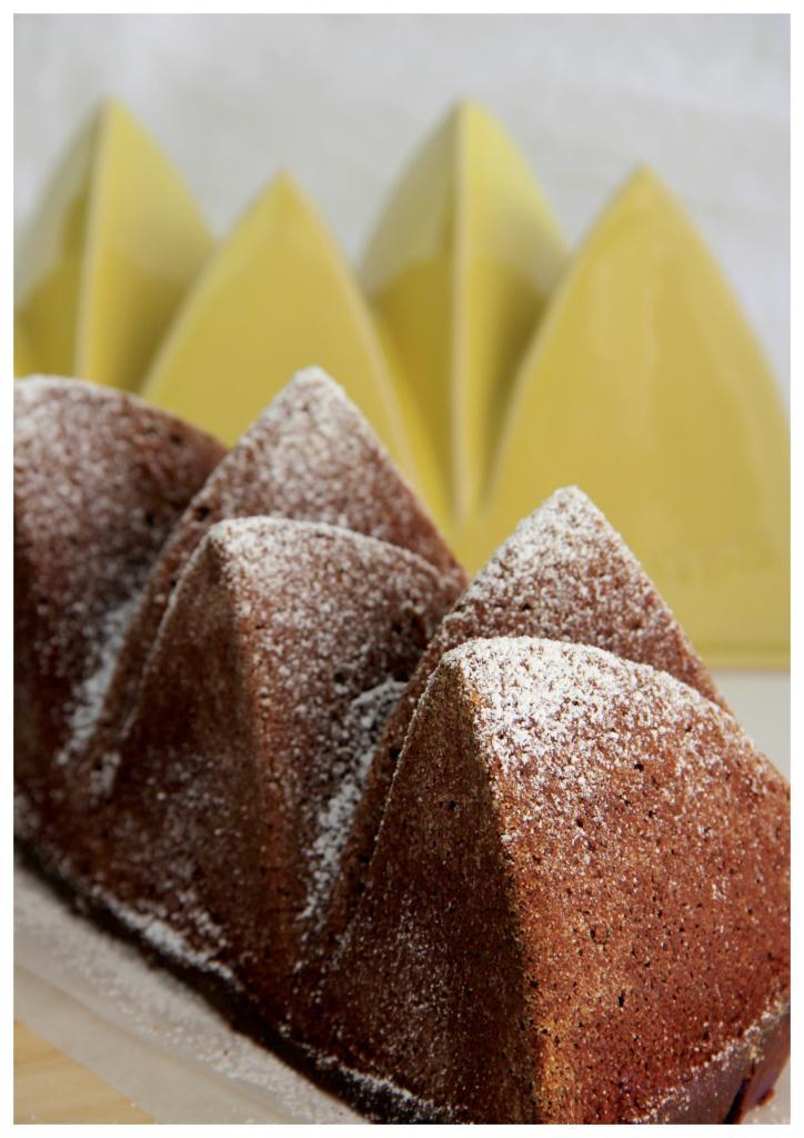 Schoko-Kaffee-Kuchen in Form Opera2