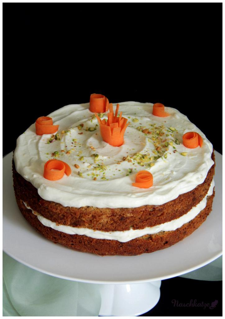 Karottenkuchen 2.0 _ Karottentorte (3)