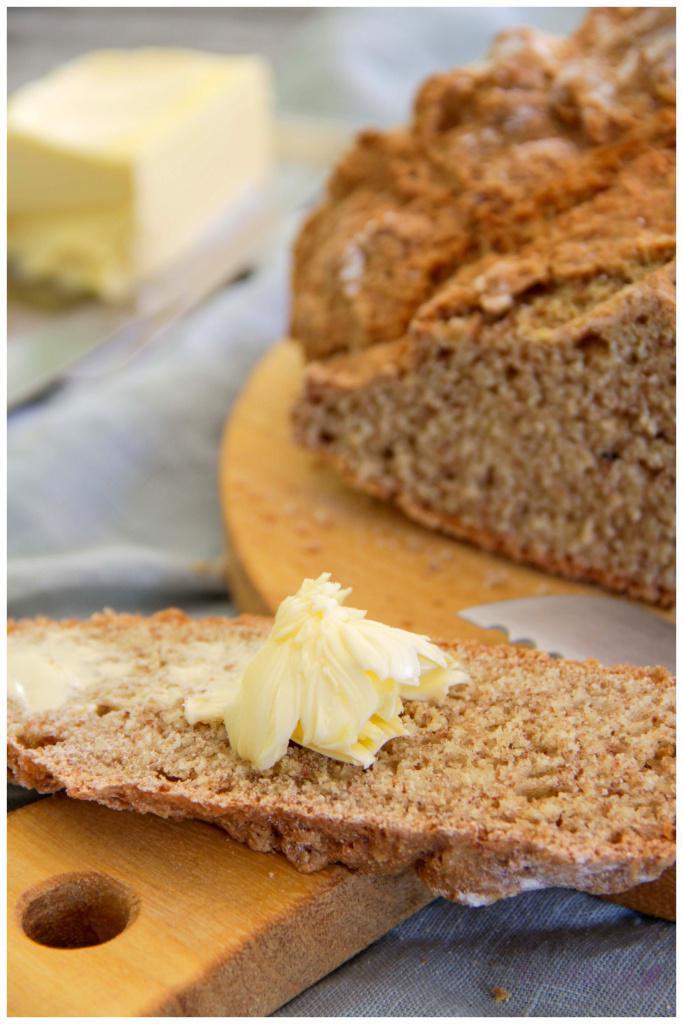Dinkel-Vollkorn-Soda-Brot (1)