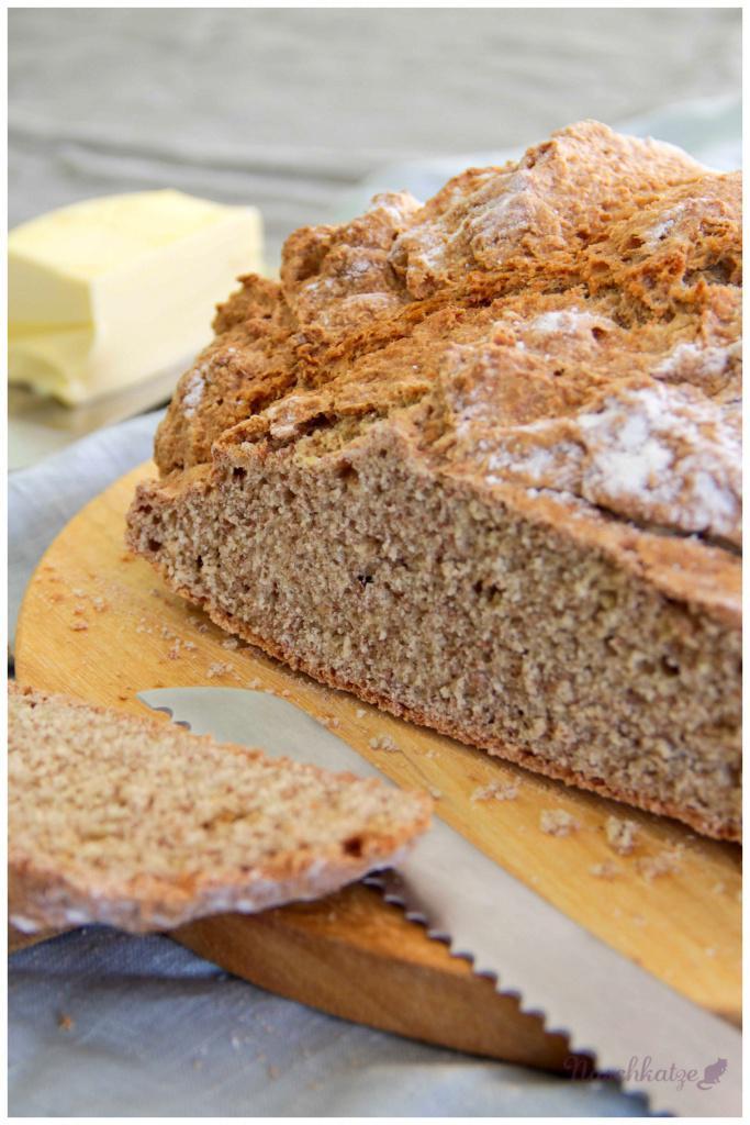 Dinkel-Vollkorn-Soda-Brot (2)